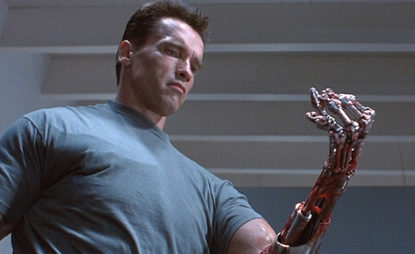 terminator-2-the-hand-resize