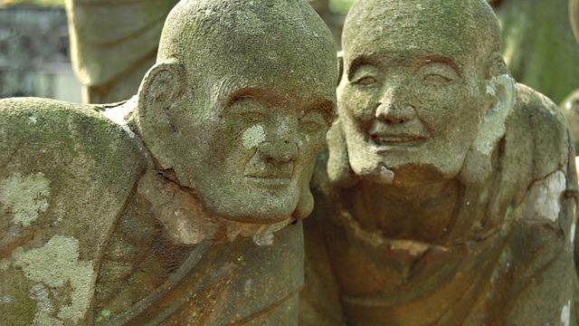buddha-statue-546458_640-640x360